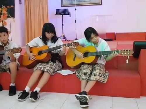 Chapel Music Band (1) (FILEminimizer)